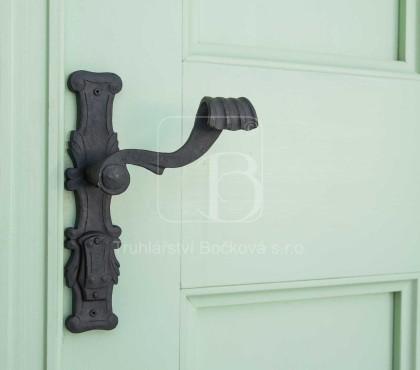 Radešín, Barokní dveře