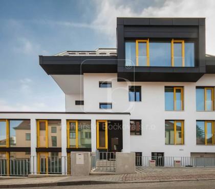 Bytový dům Soukopova Brno, okna